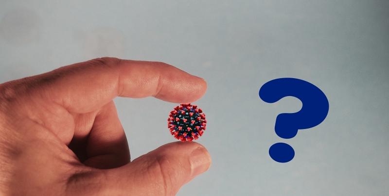 Koronavirus sormissa ihmeteltävänä